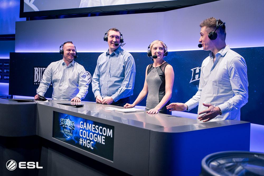 The analyst desk at ESL GamesCom 2016